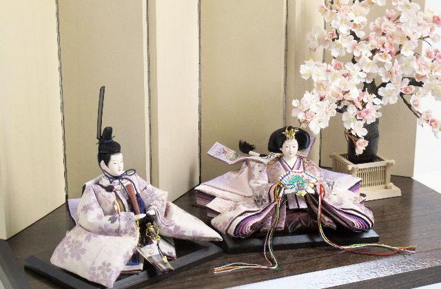 位置 お雛様 雛人形を飾る場所にピッタリの部屋はココ!向きや位置についても解説